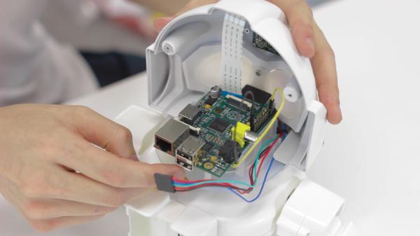 Rapiro Robot » Raspberry Pi Geek